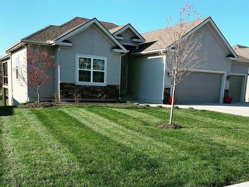 Complete Lawn Maintenance Kansas City MO
